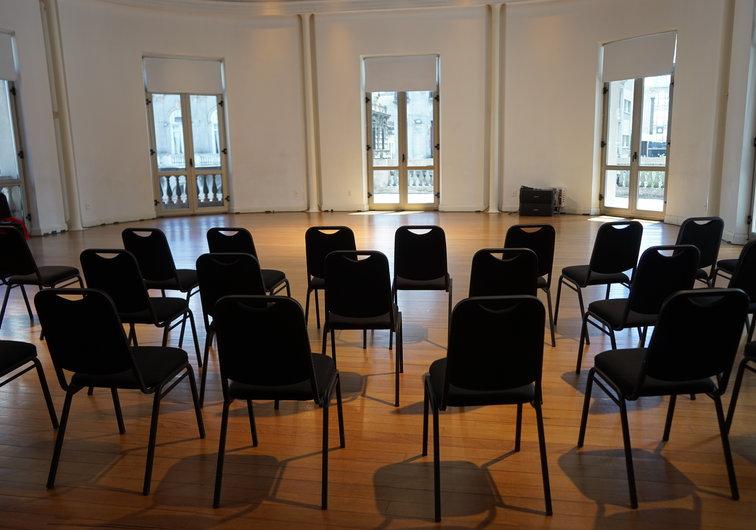 Equipamiento de audio en Sala Delmira Agustini